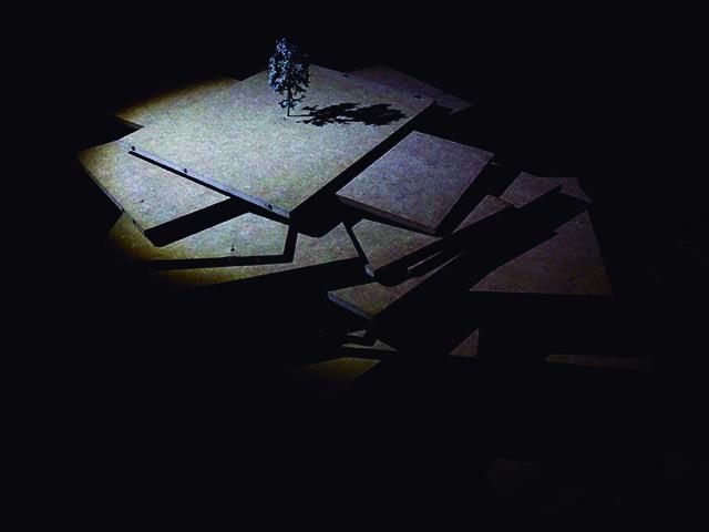 M.A.R. Un discurso plástico a través del espacio (Teatro de objetos), por Andrea Díaz Reboredo