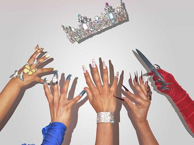 Miss Descoronada. La belleza no es suficiente en esta competencia, por Casa Drag Latina